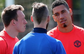 Chris Smalling, Paul Pogba dan Phil Jones Akan Siap Di Laga Celta Vigo