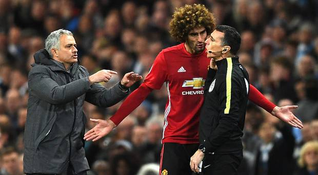 Mourinho Anggap Sergio Aguero Hanya Bereaksi Berlebihan Pada Insiden Kartu Merah Fellaini