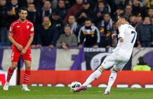 Ronaldo Cetak Sejarah Dan Bantu Kejar Gelar Juara (Real Madrid 4 – 1 Sevilla)