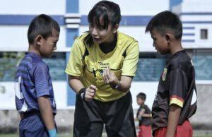 Wasit Cantik Asal Tasikmalaya Jadi Perhatian Netizen