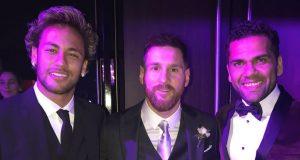 Dulu, Neymar Malu Bicara Dengan Messi