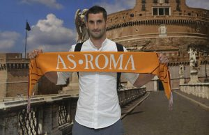Maxime Gonalons Jalani Cek Medis, Siapkan Perpindahan Ke Roma Rp 76 M