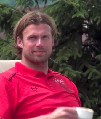 Southampton Umumkan Perpanjangan Kontrak Stuart Taylor Lewat Video Lucu