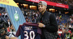 Bintang Basket NBA Stephen Curry Ikut Tonton Neymar dan PSG Main Lawan Saint-Etienne