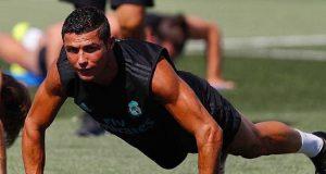 Cristiano Ronaldo Akan Bermain 90 Menit Penuh di Santiago Bernabeu Thropy