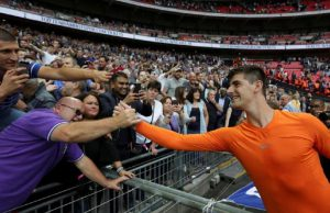 Thibaut Curtois Ragukan Kemampuan Fans Tottenham