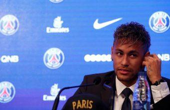 Neymar Tak Senang Dengan Direksi Barcelona