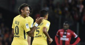 Cuplikan Debut Neymar Jr di Paris Saint-Germain (vs Guingamp 3-0) - 2017