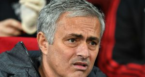 Mourinho Tidak Menyukai Gaya Rambut Chris Smalling
