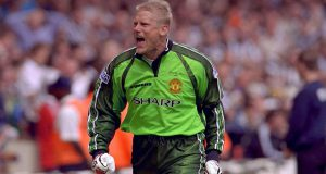 Peter Schmeichel Berharap Bek Leicester City Gabung Manchester United