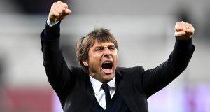 Real Madrid dikabarkan menghubungi pihak Conte pada hari Senin yang lalu. Madrid mengkonfirmasi kesediaan Conte melatih.
