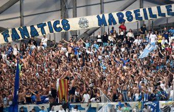 Eks Bintang Barcelona Ingin Penggemar Marseille Dihukum