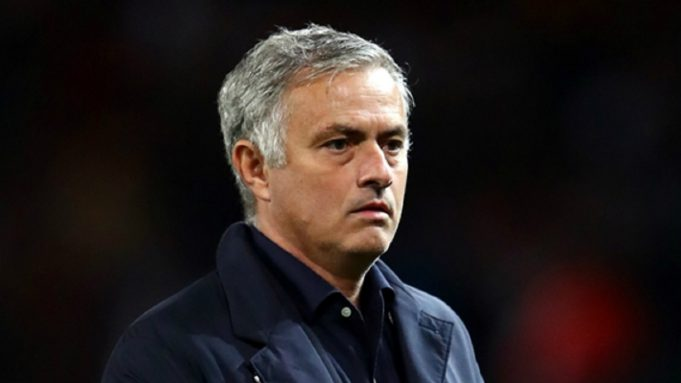 Michael Essien Berharap MU Bersabar Dengan Jose Mourinho