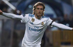 Luka Modric Dilaporkan telah Menolak Penawaran Kontrak Baru Dari Real Madrid dan kontrak sang pemain akan habis bersama Madrid Sampai 2020