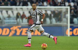 Martin Caceres Melaksanakan Tes Medis Di Juventus
