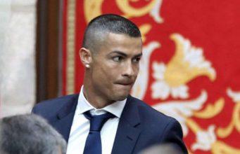 Cristiano Ronaldo diperkirakan akan mengaku bersalah atas penipuan pajak di pengadilan Madrid pada hari Selasa