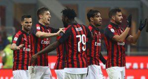 AC Milan berhasil menaklukan tamunya Cagliari dengan tiga gol tanpa balas saat bermain di Stadion Giuseppe Meazza pada minggu pagi