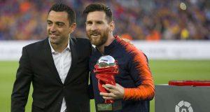 Lionel Messi adalah pemain terbaik dalam sejarah, menurut mantan rekan setimnya di Barcelona Xavi Hernandez
