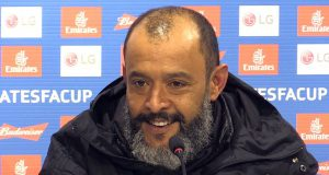 Nuno Espirito Santo Senang Bisa Singkirkan Manchester United