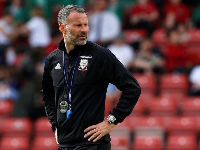 Giggs Tidak Senang Dengan Penampilan Babak Pertama Wales