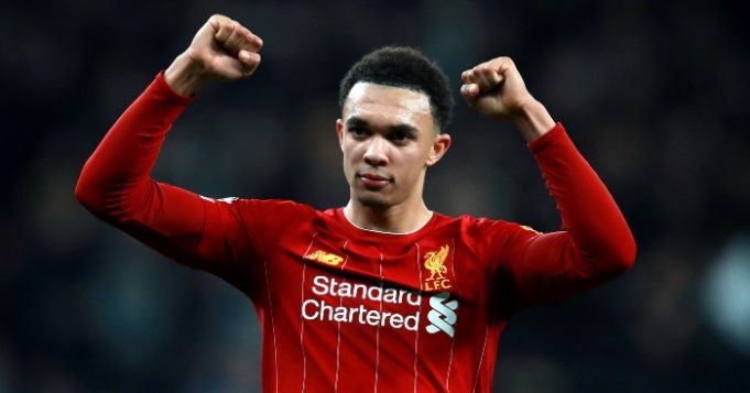 Warnock : Kemenangan Leicester Sangat Berarti Bagi Alexander-Arnold