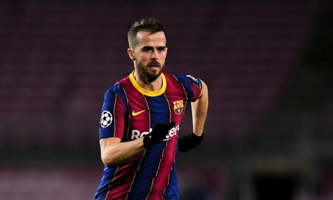 Direktur Tottenham, Paratici Incar Gelandang Barcelona, Pjanic